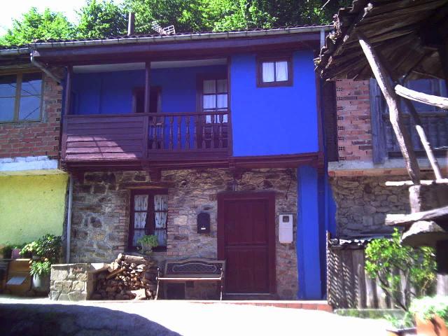 Inmobiliaria asturias agrotecnia pola de laviana for Casas inmobiliaria